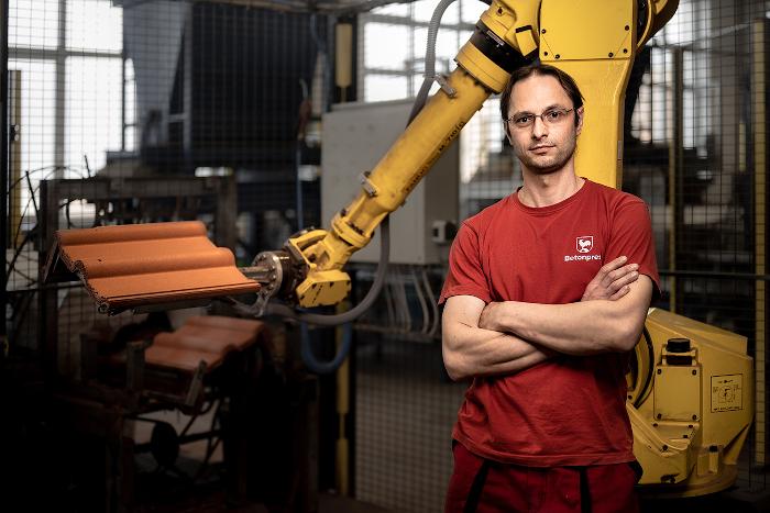 Obsluha automatické výrobní linky